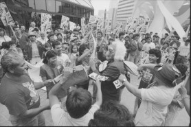 Janitors rally in downtown Los Angeles, 1990